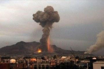 طيران العدوان يستهدف منازل المواطنين بحي النهضة وسقوط شهداء وجرحى